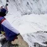 Impresionante video de  Valery Rozov en su cuarto salto desde la Aiguille du Midi