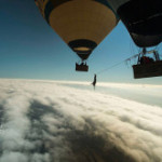 Video de Highline entre globos