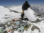 Ahora los escaladores se veran obligados a limpiar el Monte Everest
