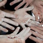 Cumplir con 5 productos para recuperar la piel de las manos desollada de